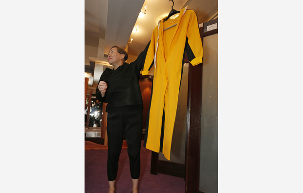 Bruce Lee jumpsuit fetches $100,000 at HK auction