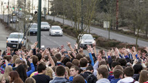 Wash. students protest gay vice principal's exit