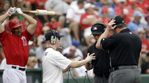 No extra replay for D-backs-Dodgers in Australia