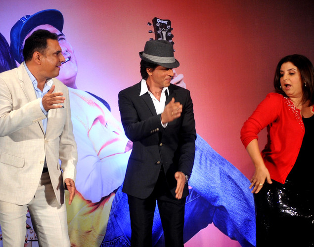 Bollywood film actors Boman Irani, (L), Shahrukh Khan (C) and Farah Khan pose during the third teaser poster and music launch of the forthcoming Hindi film 'Shirin Farhad Ki Toh Nikal Padi' directed by Bela Bhansali Sehgal in Mumbai.