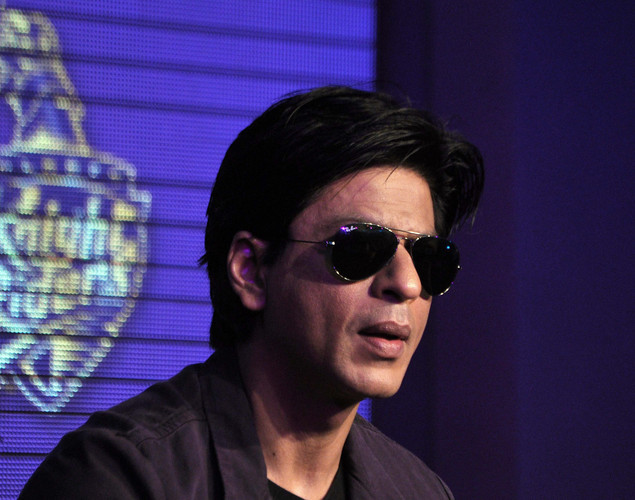 In August 2009, SRK was detained at the Newark Airport in New Jersey for nearly two hours because of his last name. The actor was visiting the country to attend a South Asian event where he was the guest of honor and was released after Congress MP Rajiv Shukla spoke to the authorities in the US.