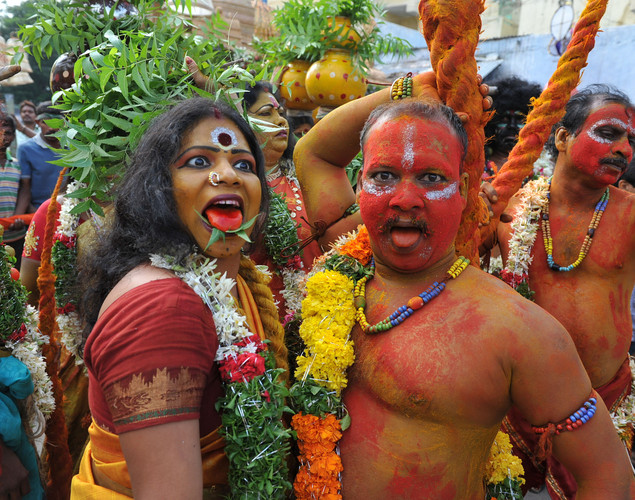 Bonalu is a ritual offering to the goddess MahaKali at Sri Akkanna Madanna Mahankali Temple in Hyderabad.