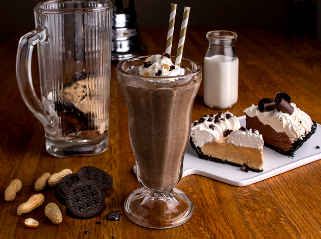 Chocolate&PeanutButter-Shake_Cream_Pie-Shakes_Marie-Callender's_March-2015jpg