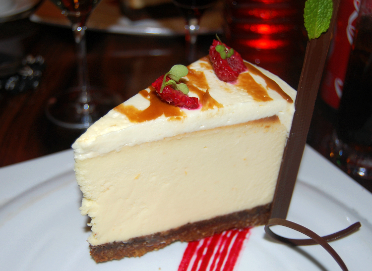 carnival steakhouse cheesecake