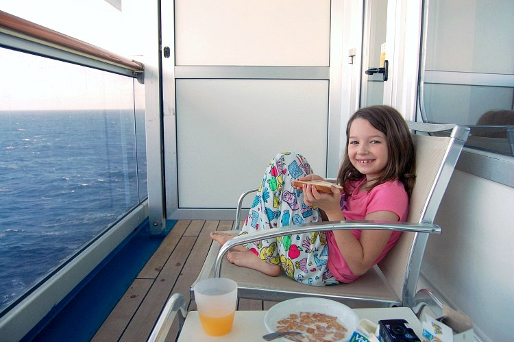 cruise balcony breakfast